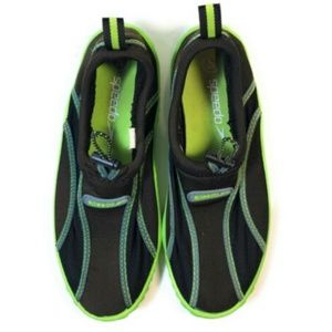 SPEEDO Water Shoes Womens Youth Beach Sandals